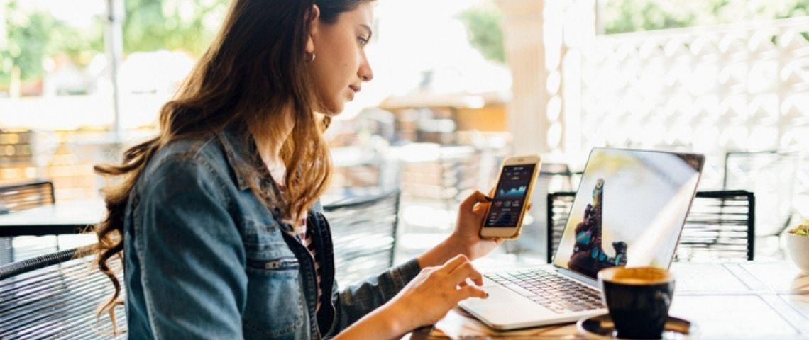 Applications mobiles:  des coûts minimisés avec les solutions hybrides