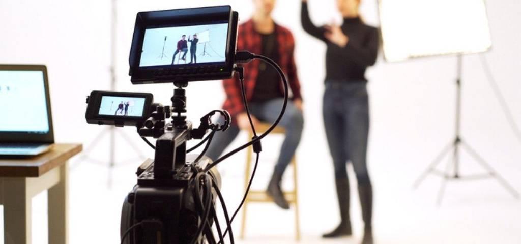Comment mener une série d'interviews à distance?  Le cas de BD