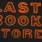 bookstore, librairie, néon, crise