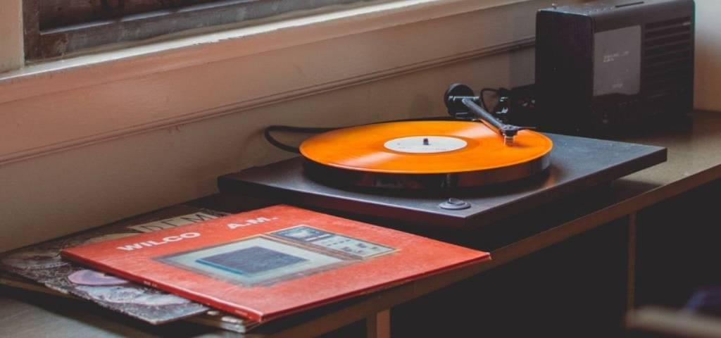 Un tourne disque
